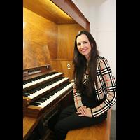 Halle (Saale), Konzerthalle (ehem. Ulrichskirche), Barbara Dennerlein am Spieltisch der großen Orgel