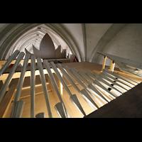 Magdeburg, Dom St. Mauritius und Katharina (Hauptorgel), Chamaden auf dem Orgeldach