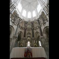 Magdeburg, Dom St. Mauritius und Katharina (Hauptorgel), Altar und Chorraum
