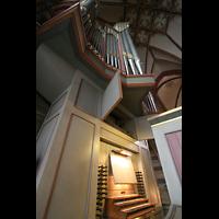 Bremen, Dom St. Petri (Klop-Orgel), Spieltisch und Prospekt der Bachorgel