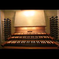 Bremen, Dom St. Petri (Klop-Orgel), Spieltisch der Bachorgel