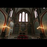 Bremen, Dom St. Petri (Klop-Orgel), Chorraum mit Chororgel (Wegscheider)