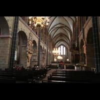 Bremen, Dom St. Petri (Klop-Orgel), Innenraum / Hauptschiff in Richtung Chor
