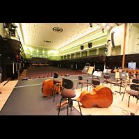 Bremen, Glockensaal, Blick von der Bühne in den Saal