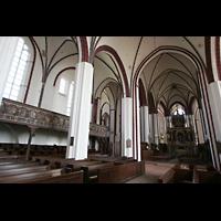 Tangermünde, St. Stephan, Seitenschiff und Chor