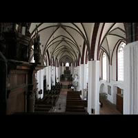 Tangermünde, St. Stephan, Blick am Rückpositiv vorbei in die Kirche