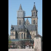 Magdeburg, Dom St. Mauritius und Katharina (Hauptorgel), Chor und Türme von der Elbe aus