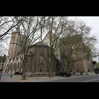 Braunschweig, Dom St. Blasii (Hauptorgel), Dom vom Fritz-Bauer-Platz aus gesehen