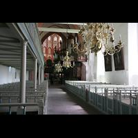 Norden, St. Ludgeri, Innenraum / Hauptschiff in Richtung Chor