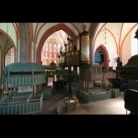 Norden, St. Ludgeri, Vierungsraum mit Orgel