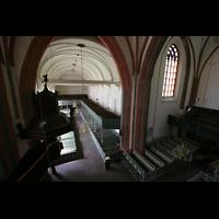 Norden, St. Ludgeri, Blick von der Orgelempore in die Kirche
