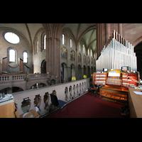 Mainz, Dom St. Martin und St. Stephan, Spieltisch mit Leitwerk und Blick in den Dom