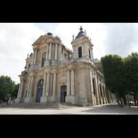 Versailles, Cathédrale Saint-Louis (Hauptorgel), Ansicht von außen