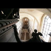 Versailles, Cathédrale Saint-Louis (Hauptorgel), Blick vom Dach der Orgel ins Hauptschiff