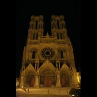 Laon, Cathédrale Notre-Dame, Fassade bei Nacht