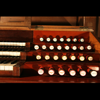 Laon, Cathédrale Notre-Dame, Rechte Registerstaffel am Spieltisch