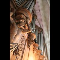 Laon, Cathédrale Notre-Dame, Orgelprospekt mit Trägerfiguren