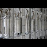 Laon, Cathédrale Notre-Dame, Mittlere Arkaden im Hauptschiff