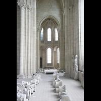 Laon, Cathédrale Notre-Dame, Blick von der Seitenempore in Richtung...