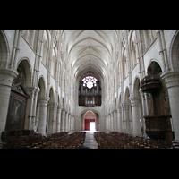 Laon, Cathédrale Notre-Dame, Innenraum / Hauptschiff in Richtung Orgel