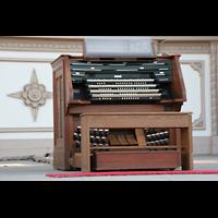San Diego (CA), Balboa Park, Spreckels Organ Pavilion (Freiluftorgel), Spieltisch