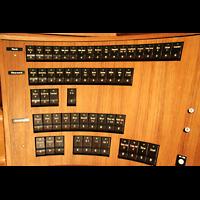 Berlin (Tiergarten), Philharmonie, Rechte Registerstaffel am Spieltisch