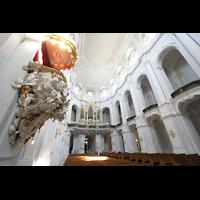 Dresden, Kathedrale Ss. Trinitatis (ehem. Hofkirche), Kanzel und Blick zur Orgel