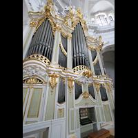 Dresden, Kathedrale Ss. Trinitatis (ehem. Hofkirche), Orgel mit Spieltisch