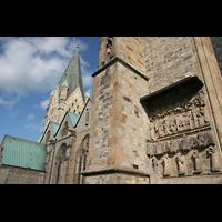 Paderborn, Dom St. Maria, St. Liborius und St. Kilian, Skulpturen an der Südwand des östlichen Querhauses