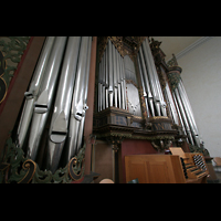 Bremen, St. Ansgarii (Chororgel), Spieltisch und Orgelprospekt