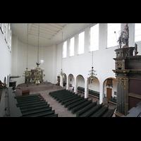 Bremen, St. Ansgarii (Chororgel), Blick von der Orgelempore in die Kirche
