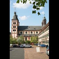 Amorbach, Abteikirche (Fürstliche Kirche), Ansicht von der Seite