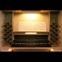 Berlin (Lichtenberg), Kirche zur frohen Botschaft, Karlshorst (Amalien-Orgel), Spieltisch