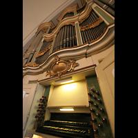 Berlin (Lichtenberg), Kirche zur frohen Botschaft, Karlshorst (Amalien-Orgel), Spieltisch und Orgel