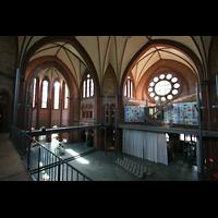 Berlin (Kreuzberg), Heilig-Kreuz-Kirche (Kirche zum Heiligen Kreuz), Innenansicht vom Umgang auf mittlerer Höhe