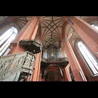Güstrow, Ev.-Luth. Pfarrkirche St. Marien, Orgel und Kanzel