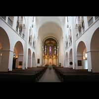 Hamburg, Domkirche St. Marien, Innenraum / Hauptschiff in Richtung Chor