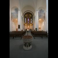 Hamburg, Domkirche St. Marien, Blick von der Vierung in den Chor