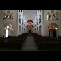 Hamburg, Domkirche St. Marien, Blick von der Vierung in Richtung Orgel