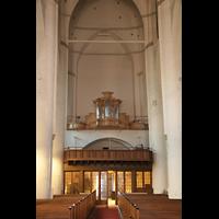 Hamburg, St. Katharinen (Chororgel), Innenraum / Hauptschiff in Richtung Hauptorgel im Bau (Rückpositiv)