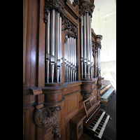 Mainz - Bretzenheim, St. Bernhard, Orgel mit Spieltisch