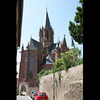 Oppenheim, St. Katharinen, Außenansicht zum Ostchor