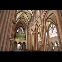 Oppenheim, St. Katharinen, Seitenschiff und Orgel