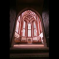 Oppenheim, St. Katharinen, Durchgang zum Westchor