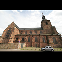 Saarbrücken, Stiftskirche St. Arnual, Seitenansicht