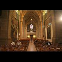 Luxemburg, Kathedrale (Symphonische Orgel), Innenraum / Hauptschiff in Richtung Orgel