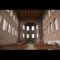 Trier, Konstantin-Basilika (Chororgel), Innenraum / Hauptschiff in Richtung Chor
