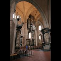 Trier, Dom St. Peter (Kryptaorgel), Blick vom Seitenschiff zur großen Orgel