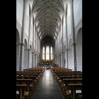Trier, Basilika St. Matthias, Innenraum / Hauptschiff in Richtung Chor