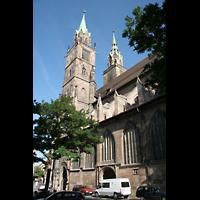 Nürnberg (Nuremberg), St. Lorenz (Positiv), Türme und Seitenschiff